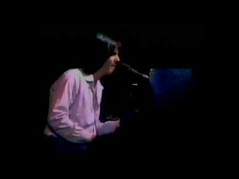 Jackson Browne - Rosie (Original studio version on live video)