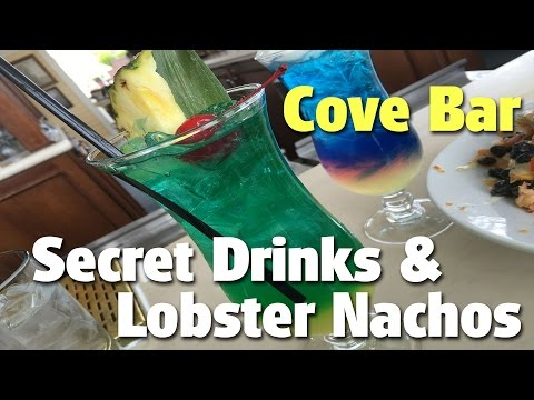 Secret Drinks and Lobster Nachos at Cove Bar | Disney California Adventure