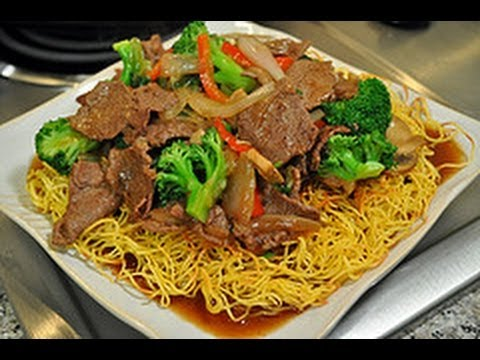 Recipe for Pan Fried Noodles with Beef Broccoli / World of Flavor