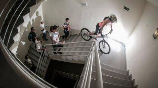 GUINNESS WORLD RECORD COLOMBIA - Monica Guzman sube en bicicleta Torre RIU