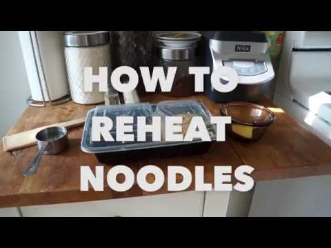 How to Reheat Noodles on the Stove