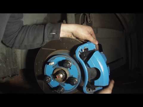 2011 Toyota camry brake pad change