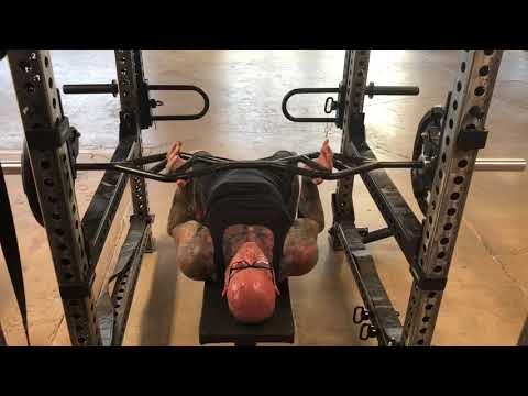 How to bench press solo