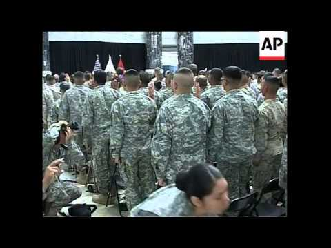 Immigrant soldiers take oath to become US citizens