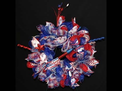 How to make a Poof/Curly Deco Mesh Wreath for 4th of July