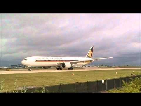 Singapore Airline 777 departing Manchester
