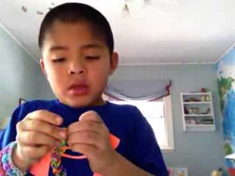 Rainbow Looms: How to make a