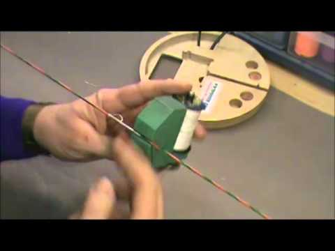 How to Apply serving on a Bow String and understand which direction serving should be applied