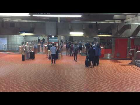 Montreal Metro Subway Train - Binaural 3D Audio
