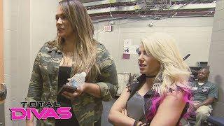 Introducing new Total Divas castmates Alexa Bliss and Nia Jax: Total Divas, Nov. 1, 2017