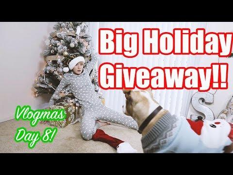 Big Holiday Giveaway! | Vlogmas Day 8! (CLOSED)
