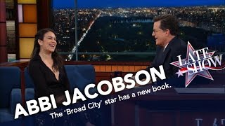 Abbi Jacobson Loves Creating Fan Fiction About Famous People