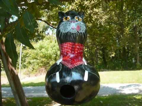 Mother's Cat Gourd Birdhouses 1