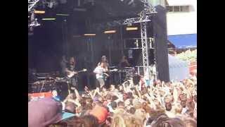 Helt Off - Mediakåt [Live @ Peace & Love 2010]