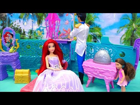 Melody's Mermaid Friend ! Toys and Dolls Fun for Kids with The Little Mermaid Ariel's Royal Toy Ship