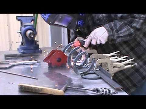 Horshoe Welding Project | Coat Rack