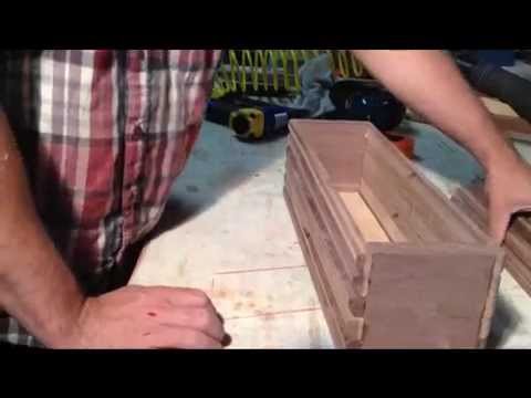 How to make a small wood trunk