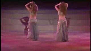 wooooow man what an dance....she is better the shakira