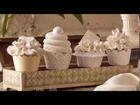Vanilla Bean Bettercreme Cupcakes