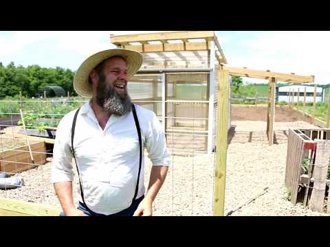 HOW TO MAKE A GATE FROM A CATTLE PANEL
