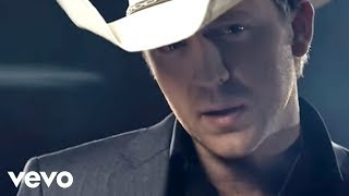 Download Justin Moore - If Heaven Wasn't So Far Away Video