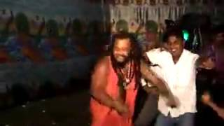 Very Funny Sadhu Baba Dance......Must Watch