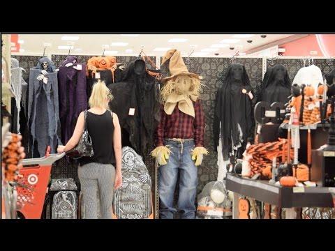 SCARE PRANK: Scarecrow terrifies Target shoppers