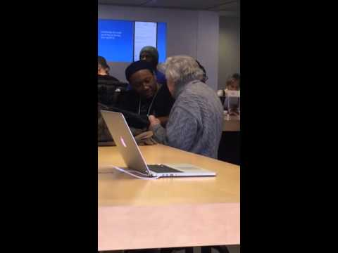 94 Year Old Man @ Genius Bar learning how use his new IPAD, then tipping