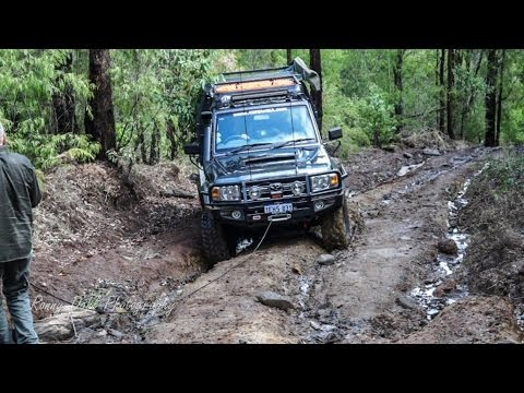 4x4 offroad extreme mud hill climb fail & recovery