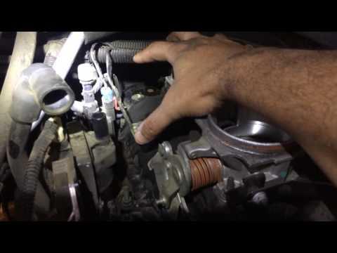 GMC sierra 4.3L vortec V6 Distributor Cap & rotor installation.