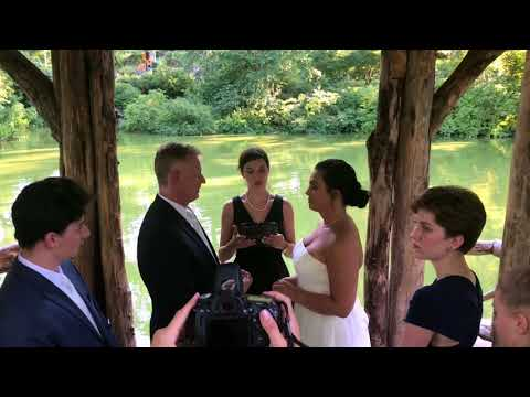 Wagner Cove Wedding in Central Park officiated by Bilingual Officiant Veronica Moya