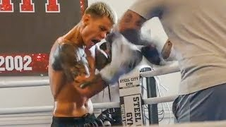CHARLIE EDWARDS SMASHES PADS for Julio Martinez | FULL WORKOUT