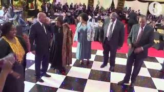 Zuma, Uhuru take to the dance floor at state banquet