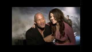 """🍭  Dwayne Johnson """"The Rock"""" Engaged Watch his marriage proposal"""