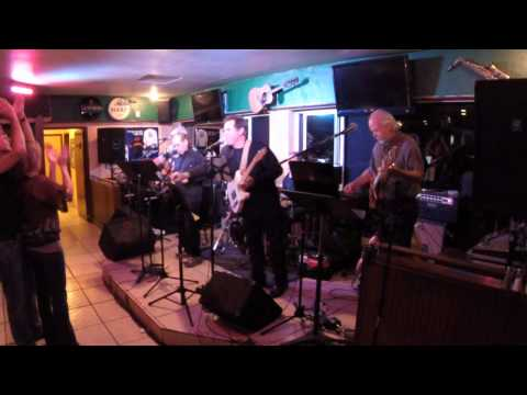 The Distractions live at the Blackthorn Irish Pub