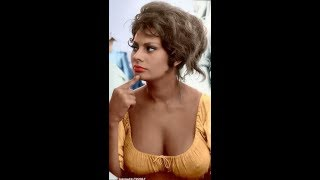 Melody Patterson  nackt