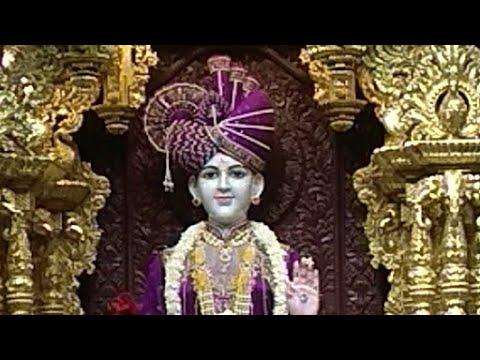 Pray to God Swaminarayan Mandir Ahmedabad.