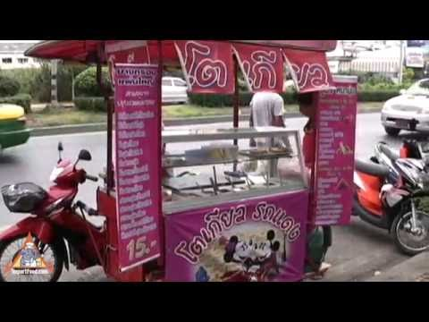 Motorcycle Food Cart - Thai Street Vendor Pancakes