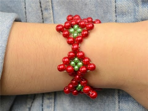 How to Make a Beaded Christmas Bracelet with Pearl Beads