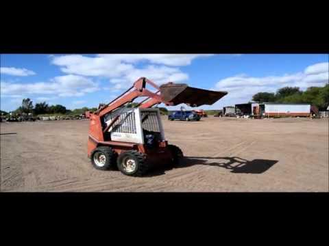 Gehl 4510 skid steer for sale   sold at auction October 8, 2015
