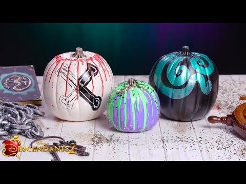 Halloween Pumpkin Décor | DIY | Descendants 2