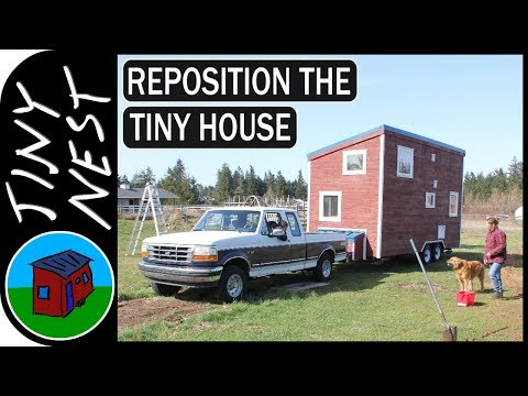 Tiny House Reposition (Timelapse)