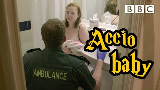 The pregnancy test was negative... then I gave birth in a hotel toilet! 😱 - BBC