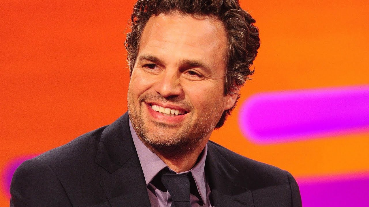 Mark Ruffalo acts out a fan's dream conversation - The Graham Norton Show - Series 11 Ep.2 - BBC One