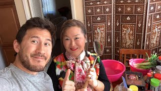 Download Cooking Korean Food w/ MOMIPLIER Video