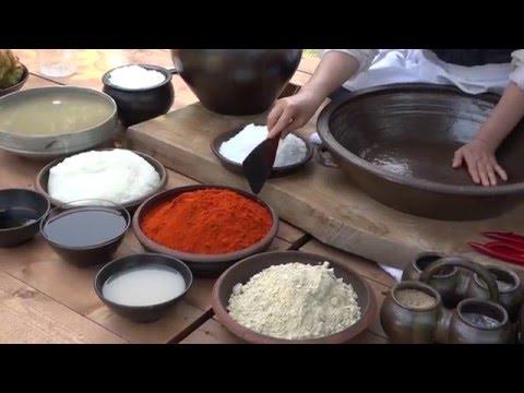 How to make Gochujang: Korean Red Chili Sauce