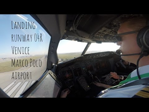 Approach and landing runway 04R Venice Marco Polo Airport (VCE LIPZ)