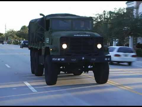 ARMY TRUCK AROUND TOWN- AM GENERAL M923 A1