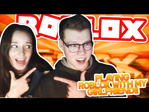 PLAYING ROBLOX WITH MY GIRLFRIEND
