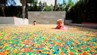 1 MILLION FRUIT LOOPS IN POOL!